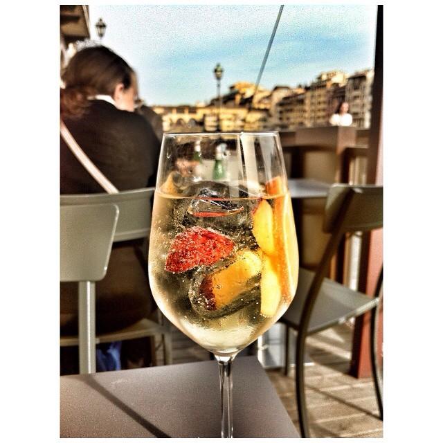 Persichetto spritz il borro florence Italy