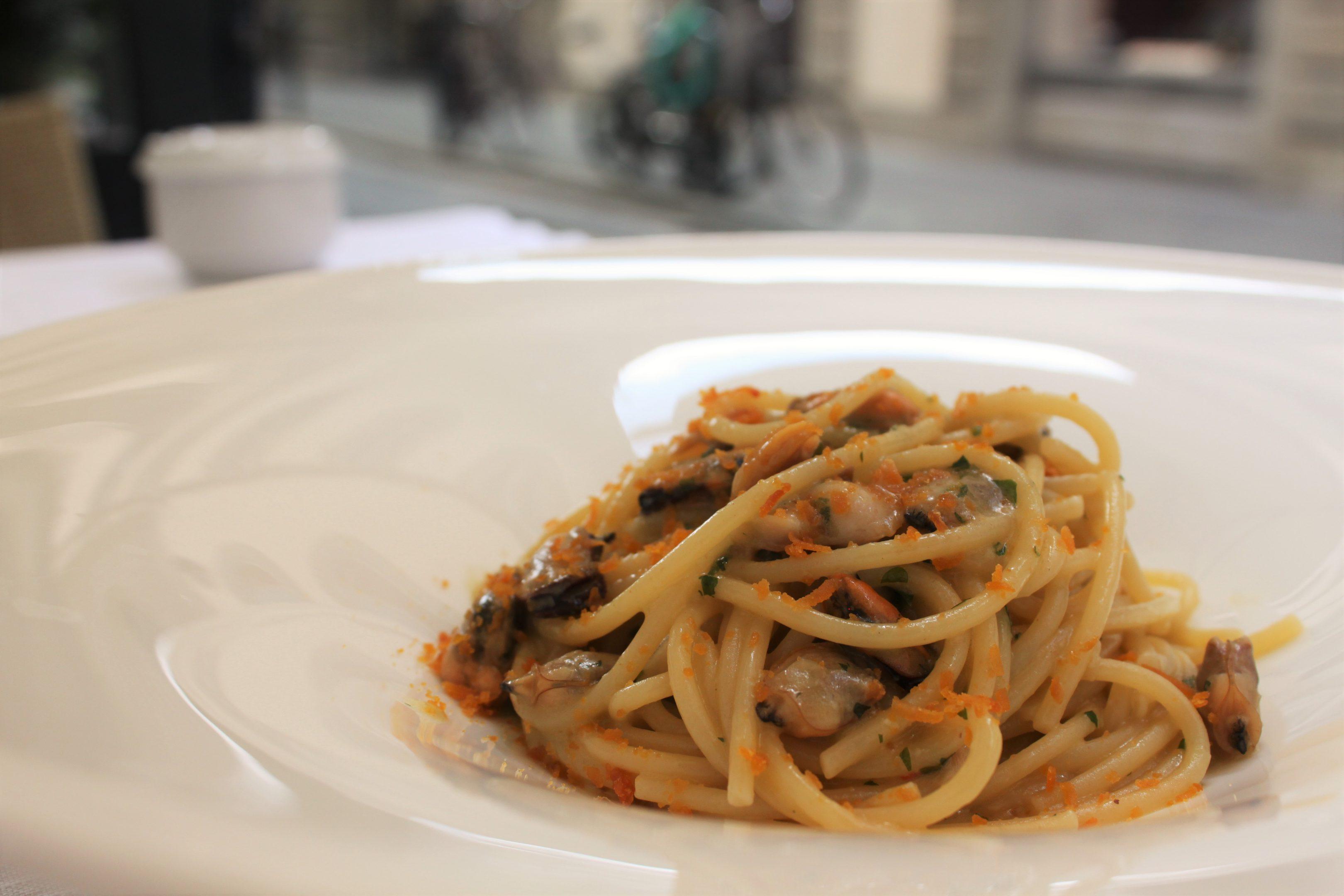 hostaria-pasta-frutti-di-mare-2