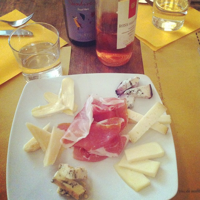 coral siskk aperitivo tour cheese meats